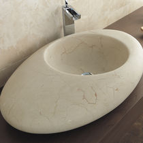 Aufsatzwaschbecken / oval / aus Naturstein / modern