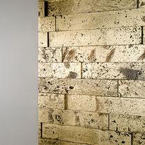 Natursteinverblender / Innenbereich / poliert