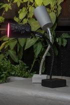 Tischlampe / modern / Stahl / aus Nebulite®