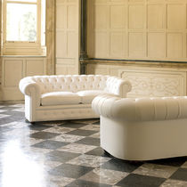 Bettsofa / Chesterfield / Leder / Stoff