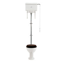 Freistehendes WC / aus Porzellan / mit Betätigungshebel / mit Hochspülung