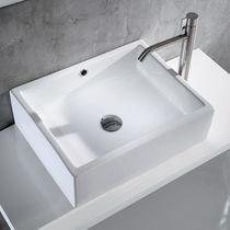 Aufsatzwaschbecken / quadratisch / aus Keramik / modern