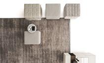 Moderner Sitzpuff / Stoff / Kunstleder / Bett