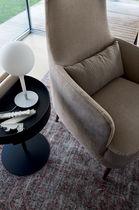 Moderner Sessel / Holz / Stoff / Leder