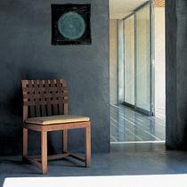 Moderner Stuhl / aus Teakholz / Polyester / grau