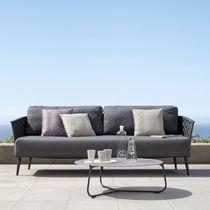 Modernes Sofa / für Außenbereich / aus Metall / Gewebe