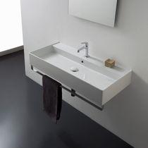 Wand-Waschbecken / rechteckig / modern / mit integriertem Handtuchhalter