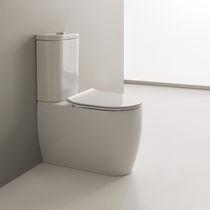 Monoblock-WC / Keramik