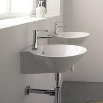 Wand-Waschbecken / rund / Keramik / modern