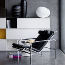 Moderner Sessel / Leder / Stahl / Kopfstütze