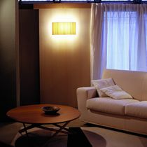 Moderne Wandleuchte / Metall / Stoff / LED