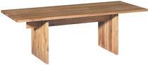 Moderner Tisch / aus Eiche / Massivholz / geöltes Holz