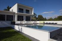 Erdverlegtes Schwimmbecken / Beton / für Hotels / für Außenbereich