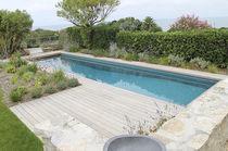 Erdverlegtes Schwimmbecken / Keramik / Mosaik / für Außenbereich
