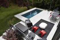 Erdverlegtes Schwimmbecken / Keramik / für Außenbereich