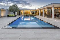 Erdverlegtes Schwimmbecken / Beton / für Hotels / Endlos-Schwimmbecken