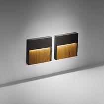 Moderne Wandleuchte / Außen / Aluminium / aus Teakholz