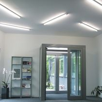 Moderne Deckenleuchte / linear / Aluminium / aus Edelstahl