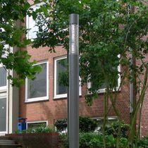 Moderne Leuchtsäule / aus Polycarbonat / Edelstahl / LED