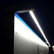 Aufbauleuchte / LED / linear / für Außenbereich