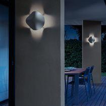 Moderne Wandleuchte / für Außenbereich / Polyurethan / LED