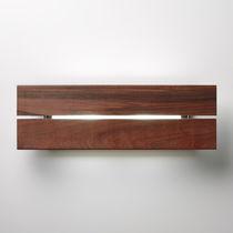 Moderne Wandleuchte / für Außenbereich / Holz / aus Aluminium