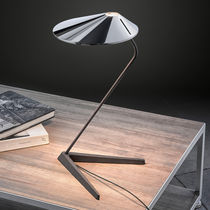 Tischlampe / modern / aus Aluminium / aus Gusseisen