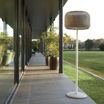 Lampe mit Fußgestell / modern / aus Aluminium / aus Gusseisen