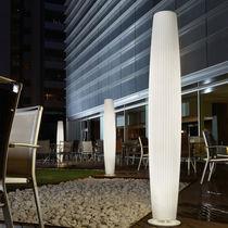 Moderne Leuchtsäule / Polyethylen / fluoreszierend / für Innenbereich