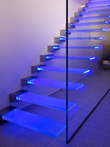 Glas-Stufe / integrierte LEDs / rutschfest