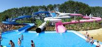 Gerade-Rutsche / drehender / für Aquapark / röhrenförmiger