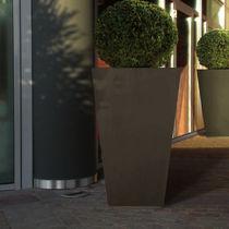 Pflanzgefäß aus Metall / öffentliche Bereiche / quadratisch / modern