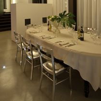 Moderner Restaurantstuhl / Metall
