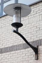 Moderne Wandleuchte / für Außenbereich / aus Aluminiumguss / HID