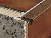 Holz-Treppenkante / Aluminium