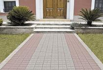 Betonpflasterstein / für Fußgänger / recyceltes Material