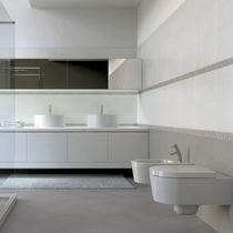 Fliesen für Badezimmer / für Wände / Keramik / uni