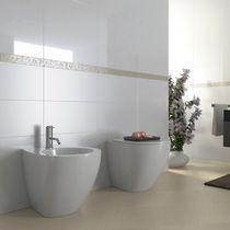 Fliesen für Badezimmer / für Wände / Feinsteinzeug / uni