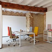 Moderner Besprechungstisch / Holz / rechteckig / für öffentliche Einrichtungen