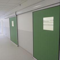 Industrietor zum Schieben / Metall / halbverglast / für Innenbereich