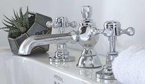 Waschtisch-Mischbatterie / frei stehend / verchromtes Metall / für Badezimmer