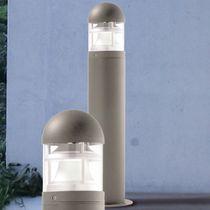 Leuchtpoller für den Garten / modern / extrudiertes Aluminium / aus Methacrylat