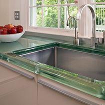 Arbeitsplatte / Vorderseite aus Glas / für Küchen