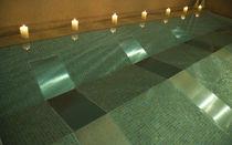 Erdverlegtes Schwimmbecken / Polyester / für Außenbereich / für Hydrotherapie