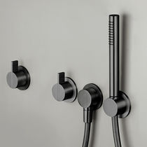 Wandmontiertes Duschsystem / modern / mit Handbrause / Regenstrahl