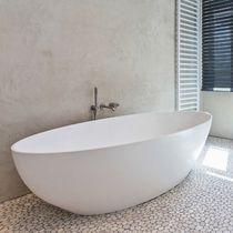 Freistehende Badewanne / oval / Mineralwerkstoff / doppelt