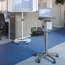 Moderner Computertisch / aus Aluminiumguss / Melamin / rechteckig