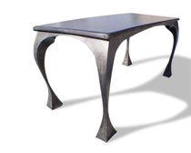 Designtisch / originell / gebeiztes Holz / patiniertes Metall / rechteckig