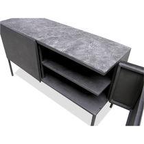 Hochbeinig-Sideboard / originelles Design / lackiertes Metall / aus Beton