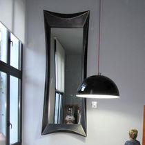 Wandmontierter Spiegel / originelles Design / rechteckig / quadratisch